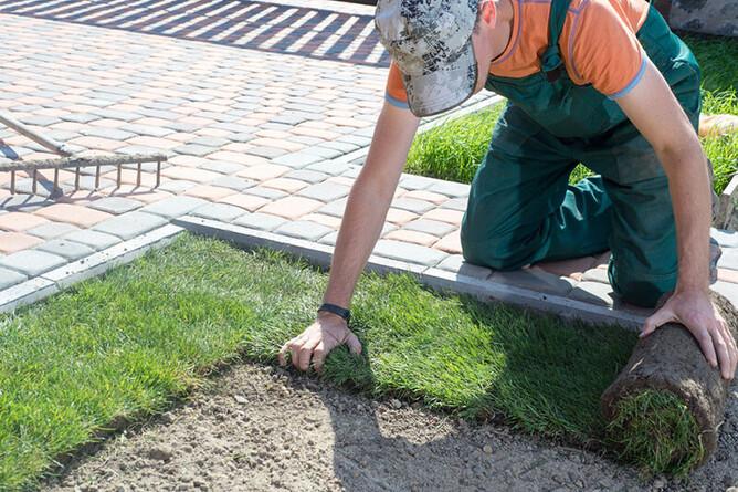 Milwaukee landscape contractor