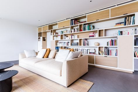 Bookshelf is the important home furniture for book lovers